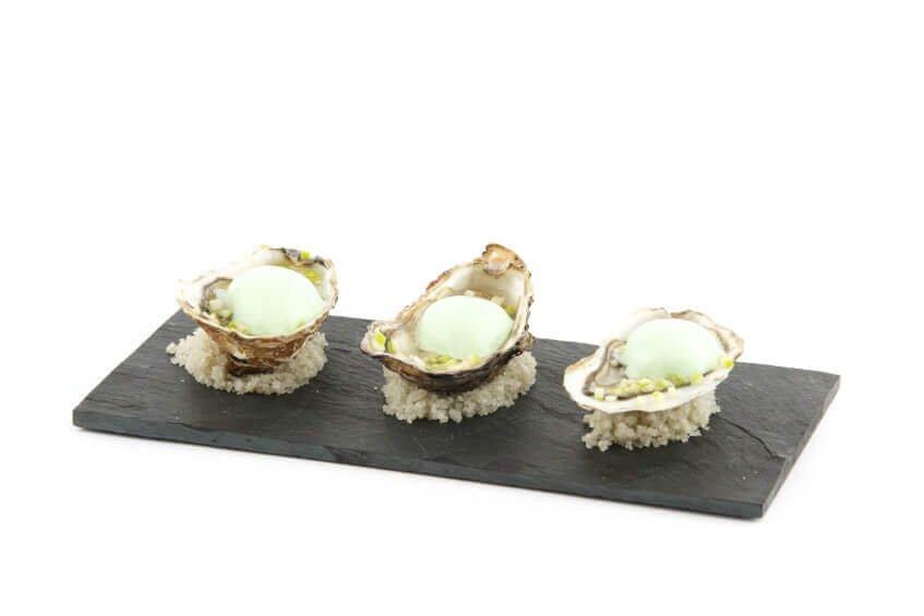 Huîtres crues, pomme-verte gingembre