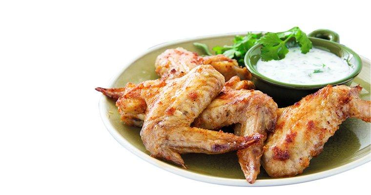 Ailerons de poulet frits, marinade yaourt