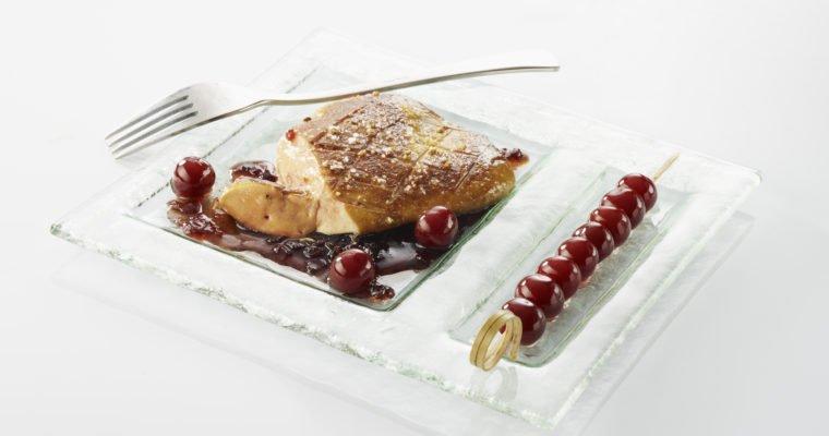 Escalope de foie gras de canard snacké à la plancha, sauce Griottines®
